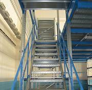 лестница для стеллажа мезонин